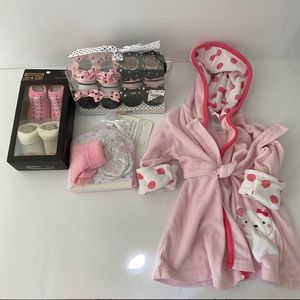 Newborn baby girl lot